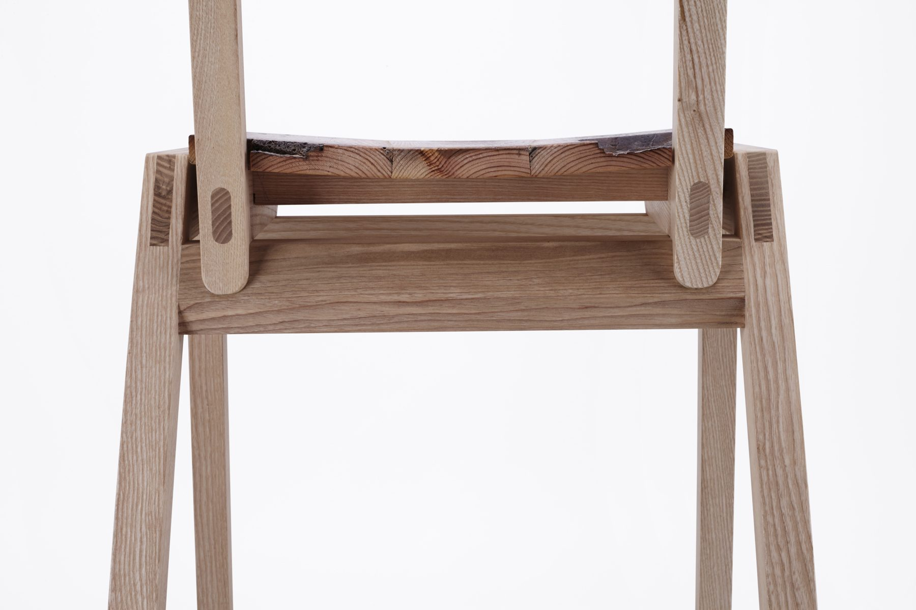 Chair DTL 1