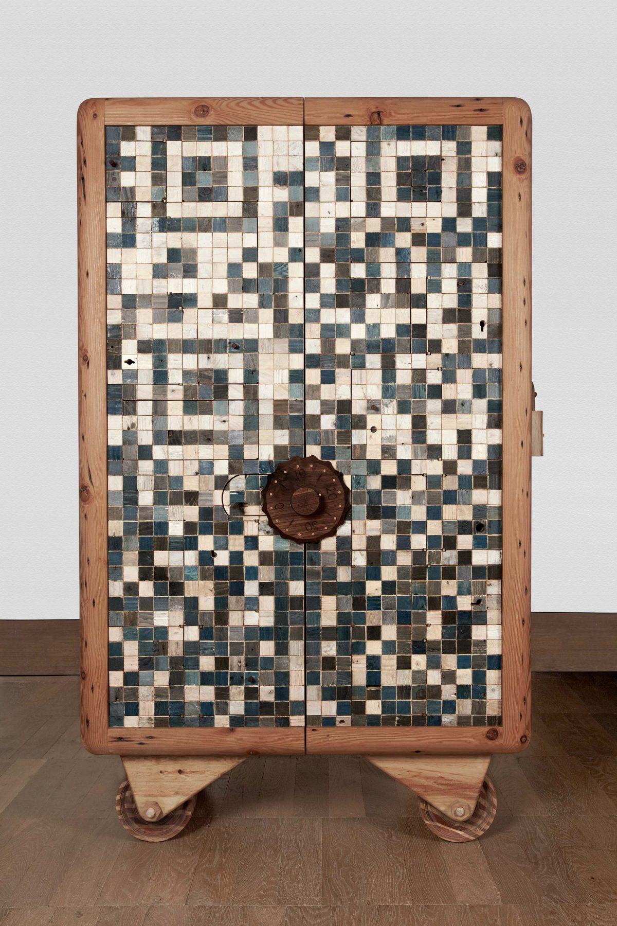 Jan-Hendzel-Studio-Selfridges-Cabinet-faceshot-1