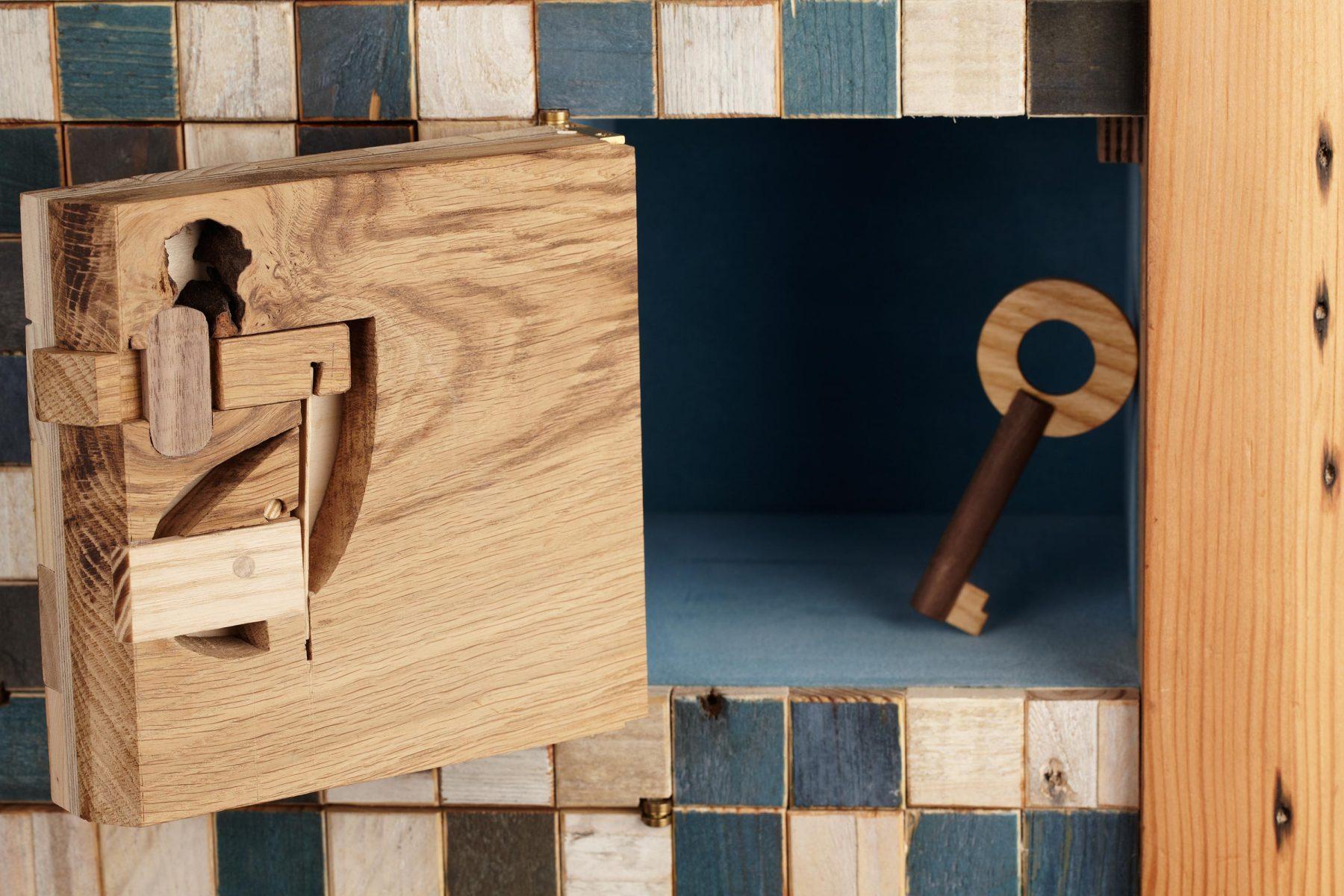 Jan-Hendzel studio-key-detail-3
