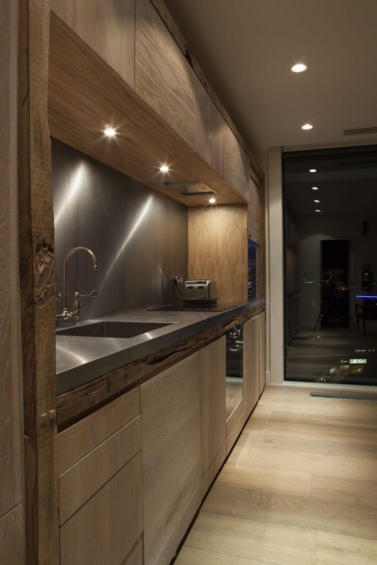 Jan-Hendzel-Studio-Kevin-Spacey-Kitchen-iso