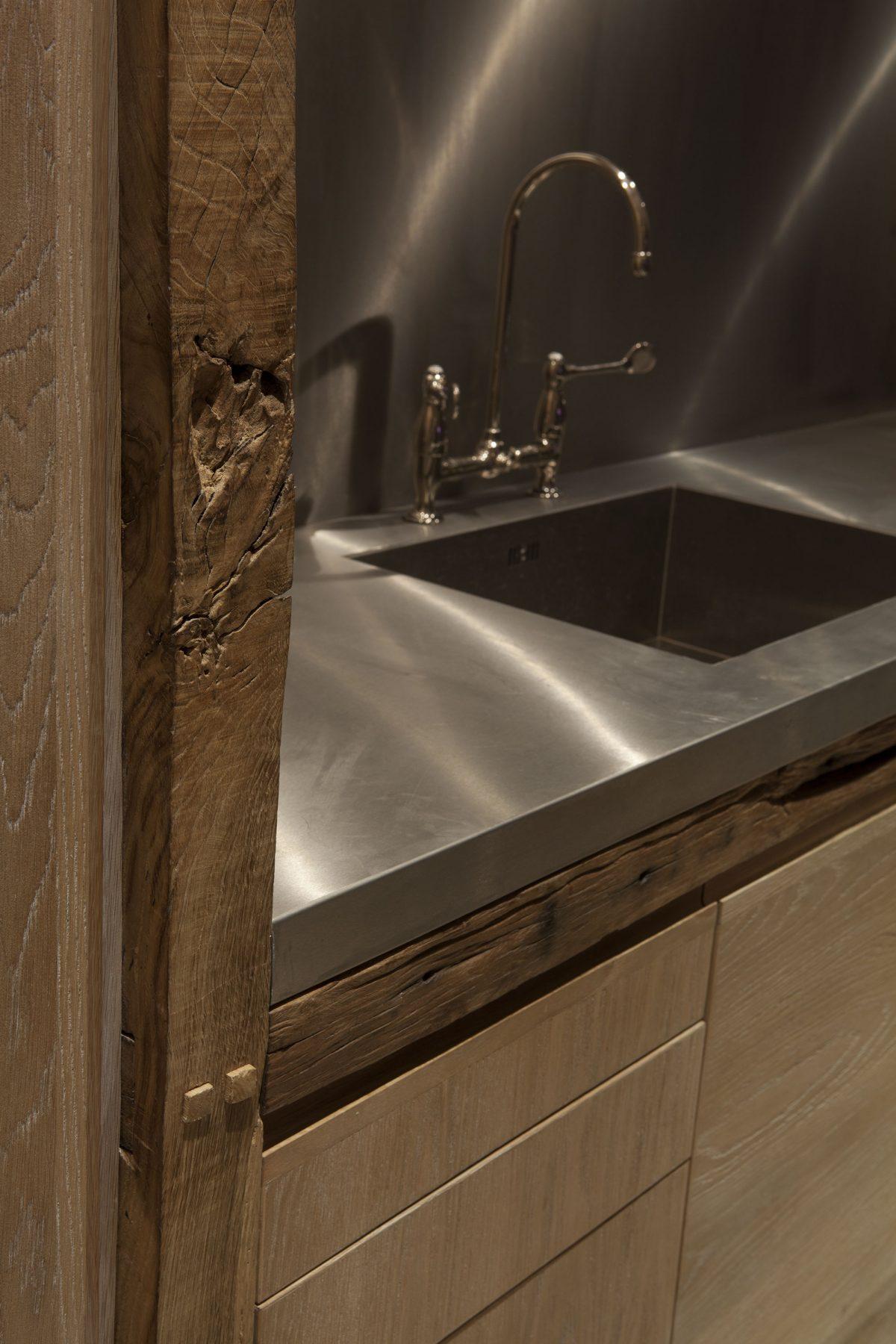 Jan-Hendzel-Studio-Kevin-Spacey-Kitchen-joinery-detail