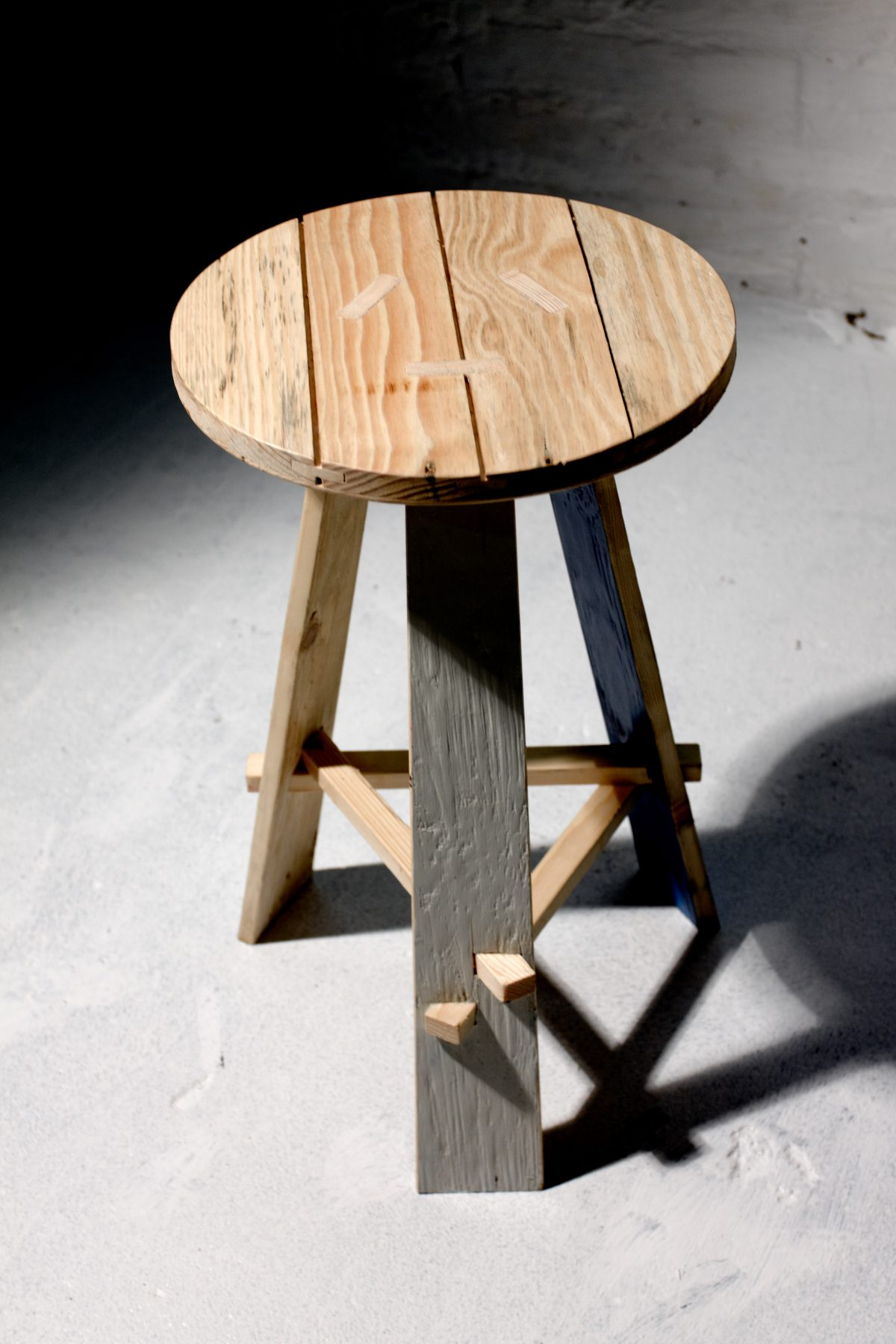 Jan Hendzel Studio gowlett stool-2