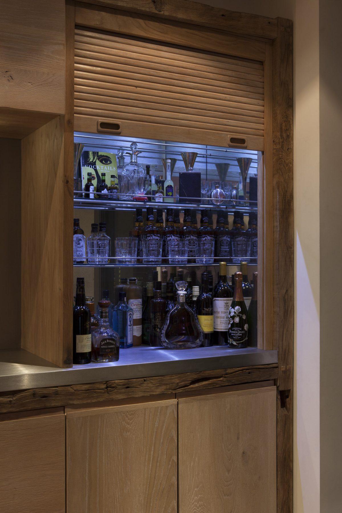Jan-Hendzel-Studio-Kevin-Spacey-Kitchen-bar-detail