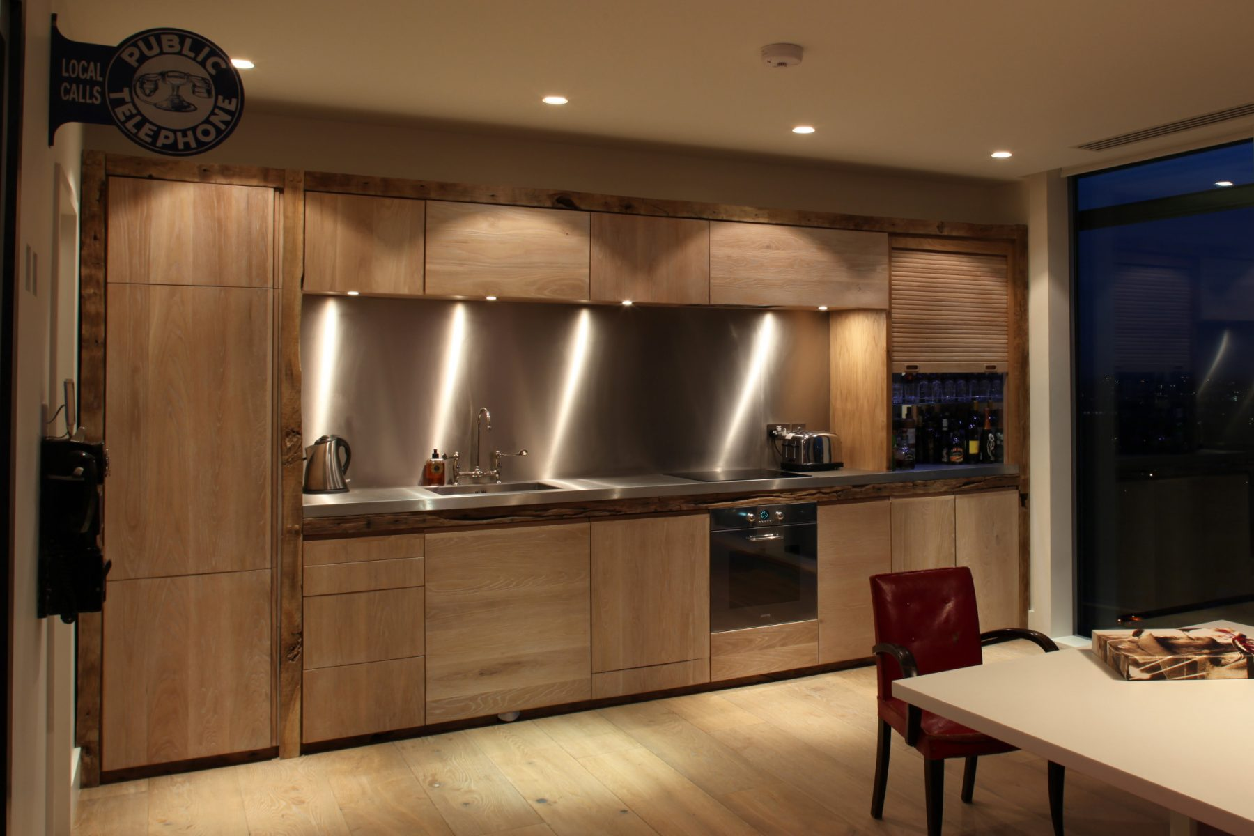 Jan-Hendzel-Studio-Kevin-Spacey-Kitchen-wide-crop