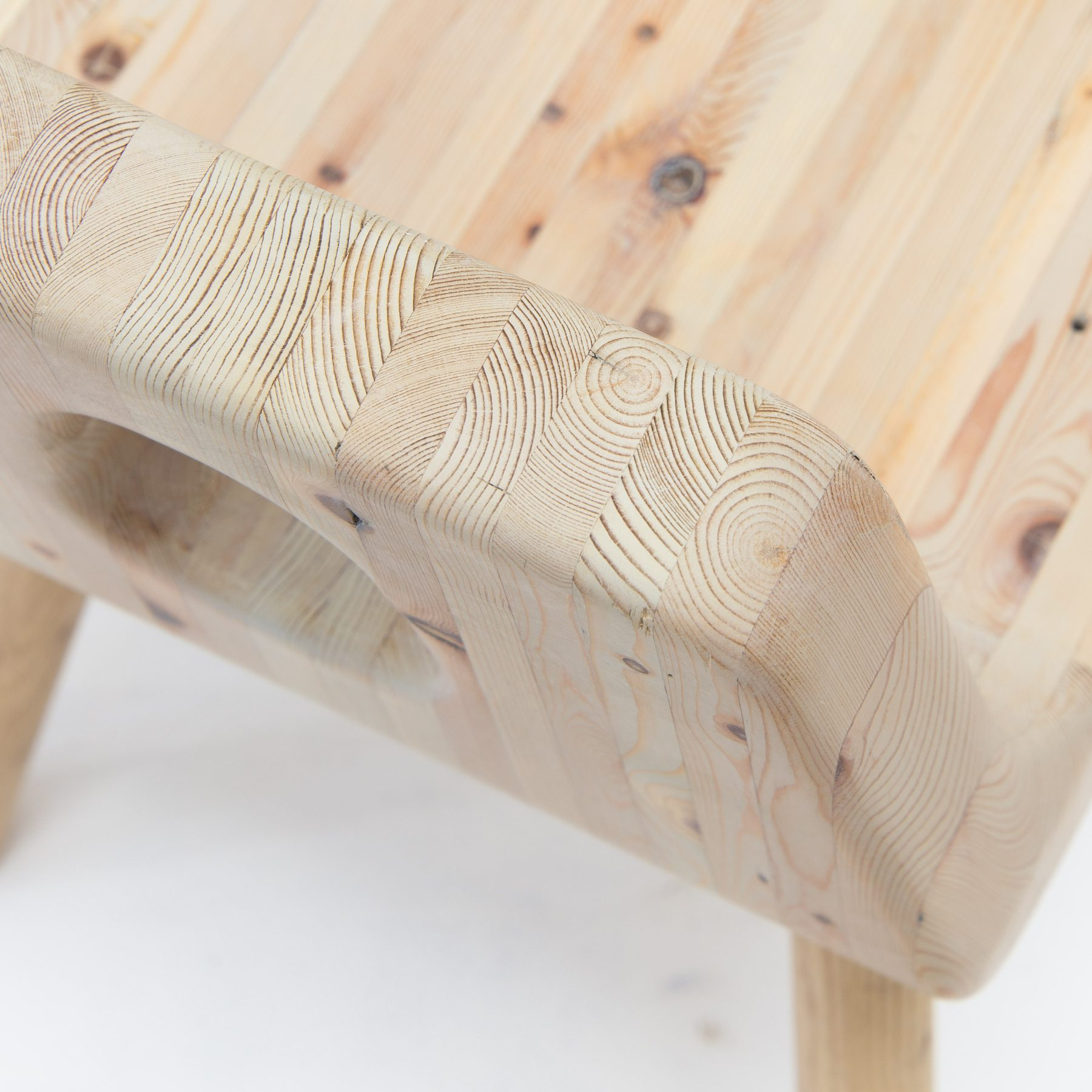 Jan Hendzel Studio good day chair-4