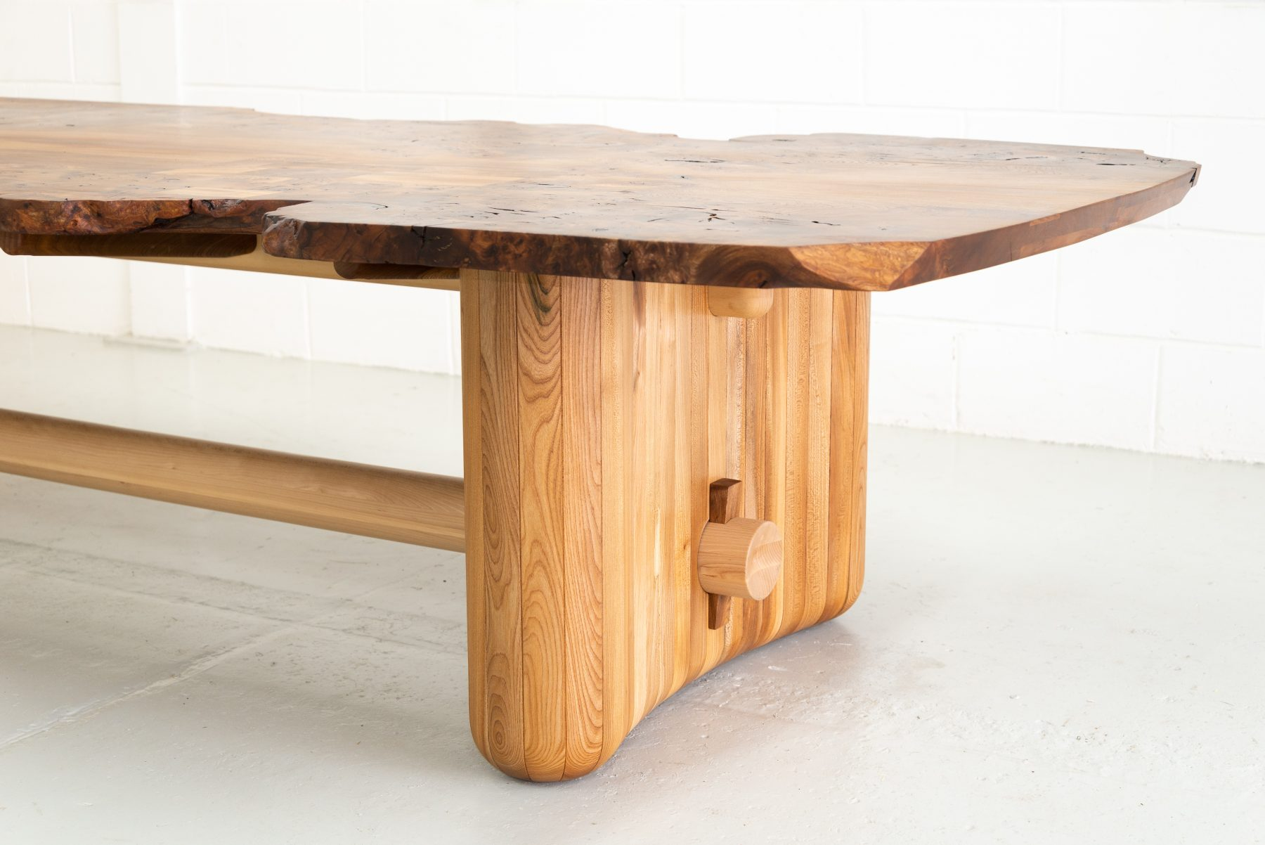Jan Hendzel Studio Naama Table2